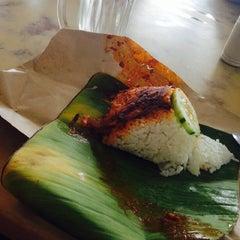 Photo taken at Restoran Zaman by Nadiah A. on 6/1/2015