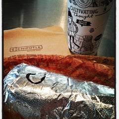 Photo taken at Chipotle Mexican Grill by Melvin M. on 10/1/2015