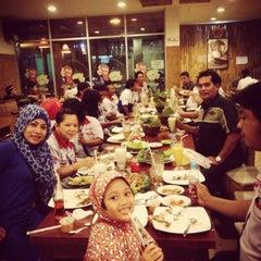Photo taken at Cibiuk restoran by Febriani B. on 7/22/2013