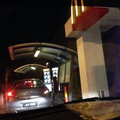 Photo taken at McDonald's by NAJIEHA Z. on 10/30/2015