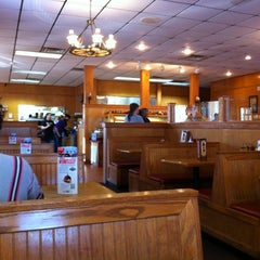Photo taken at Sonny's BBQ by Dutch S. on 11/25/2012