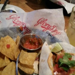 Photo taken at Glory Days Grill by Carilu T. on 4/22/2015