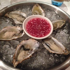 Photo taken at Galvin Bistrot de Luxe by Selina W. on 10/22/2014