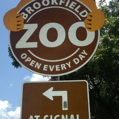 Photo taken at Brookfield Zoo by Mia Z. on 7/20/2013