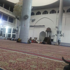 Photo taken at Masjid Sultan Ismail by al f. on 11/13/2013