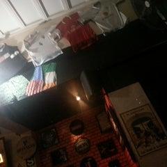 Photo taken at Murphy's Irish Pub by Lisette C. on 9/4/2014