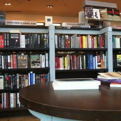 Photo taken at D&R by Sadik K. on 10/14/2012