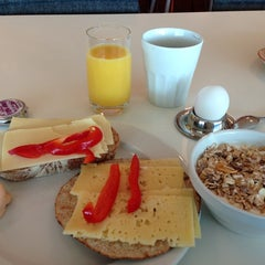 Photo taken at Clarion Breakfast by Ulrika H. on 8/3/2013