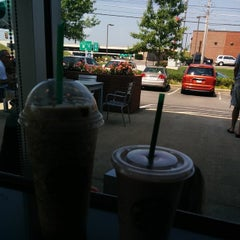 Photo taken at Starbucks by Stephan P. on 7/22/2014