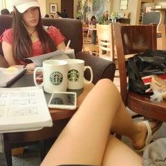 Photo taken at Starbucks by Jassy on 8/1/2013