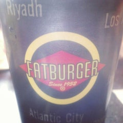 Photo taken at Fatburger by Xavier S. on 2/10/2013