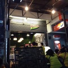 Photo taken at ร้านปังนมสด(รถตู้โฟล์คชมพู) by Ben J. on 12/5/2014