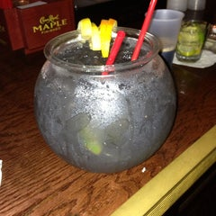 Das Foto wurde bei Pelhams Bar von Ashley S. am 6/6/2013 aufgenommen