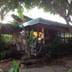 Photo taken at Cafe Amazon by Worawut J. on 6/14/2013