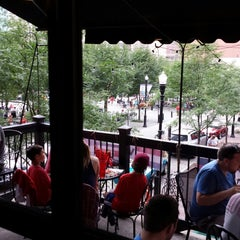 Photo taken at Wingharts Burger And Whiskey Bar by Balto W. on 7/5/2014