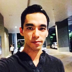 Photo taken at 7-Eleven (เซเว่น อีเลฟเว่น) by Andy L. on 5/5/2015