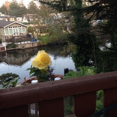 Photo taken at Shadowbrook by Anna S. on 11/9/2014