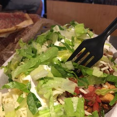 Photo taken at Chipotle Mexican Grill by Cheearra E. on 8/21/2015