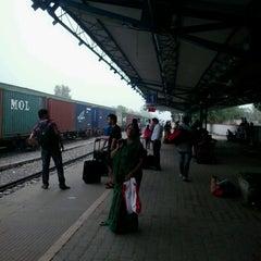 Photo taken at Gurgaon Railway Station (GGN) by Avijit C. on 6/18/2013