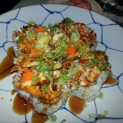 Photo taken at Mo Mo Sushi by Irene D. on 12/28/2012