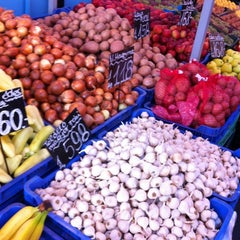 Photo taken at Bosnyák téri piac by P.T. J. on 10/20/2012