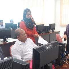 Photo taken at Kolej Sains Kesihatan Bersekutu Johor Bahru by Dien A. on 6/11/2014