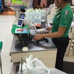 Photo taken at Plus Shopping Mall (พลัส ช้อปปิ้งมอลล์) by Ronamedo N. on 8/27/2015