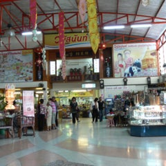 Photo taken at วนัสนันท์ (Vanusnun) by Ronamedo N. on 7/24/2015