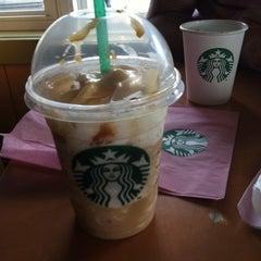 Photo taken at Starbucks by Ccmezza on 10/14/2013