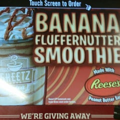 Photo taken at SHEETZ by Shelly . on 4/25/2014