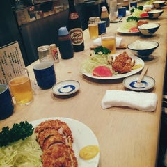 Photo taken at とんかつ とんき 三軒茶屋店 by kay....o on 10/2/2014