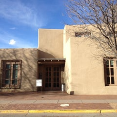 Photo taken at Georgia O'Keeffe Museum by Luciana M. on 3/15/2013