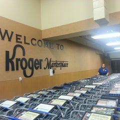 Photo taken at Kroger by Desi B. on 10/15/2012