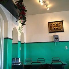 Photo taken at Gulzaar Halaal by Malaise on 10/13/2012