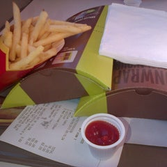 Photo taken at McDonald's by Nolubabalo D. on 6/24/2013