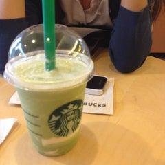 Photo taken at Starbucks (สตาร์บัคส์) by Snowwhite A. on 7/18/2013