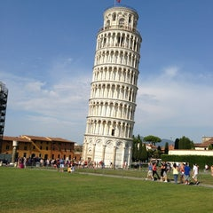 Photo taken at Torre di Pisa by Neal R. on 7/19/2013