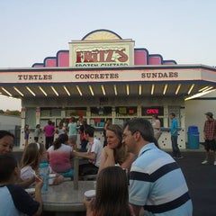Photo taken at Fritz's Frozen Custard by Charlie G. on 7/4/2013