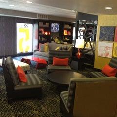 Photo taken at Hotel Five by Rodrigo R. on 4/24/2012