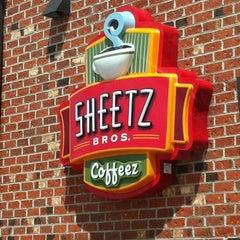 Photo taken at SHEETZ by Gaylan F. on 5/10/2012