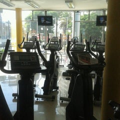 Photo taken at Pacific Fitness by María Consuelo I. on 3/19/2013