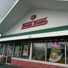 Photo taken at Krispy Kreme Doughnuts by Byamericaneagle on 10/7/2013