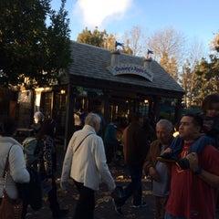 Photo taken at Granny's Apple Fries by Gekiyasu on 12/29/2013