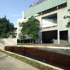 Photo taken at Bangkok University International College (BUIC) by Pop Kamolphop R. on 9/16/2014