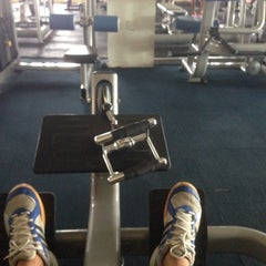 Photo taken at AL-FALAH Gym & Fitness Club by Hazry H. on 5/1/2014