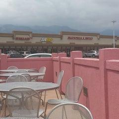 Photo taken at La Casita Mexican Grill by Oscar Z. on 7/28/2014