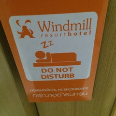 Photo taken at Windmill Resort Hotel by Maximus on 12/4/2014
