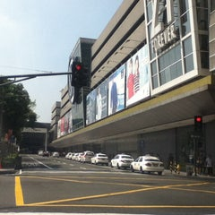 Photo taken at SM City Makati by Tim V. on 5/24/2013