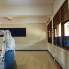 Photo taken at SMA Negeri 15 Surabaya by Sahrul F. on 7/12/2014
