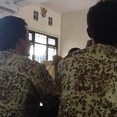 Photo taken at SMA Negeri 15 Surabaya by Sahrul F. on 10/4/2013